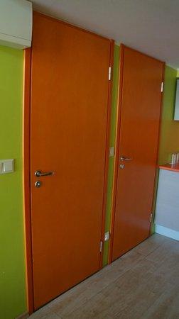 Braavo Spa Hotel: раздельный санузел