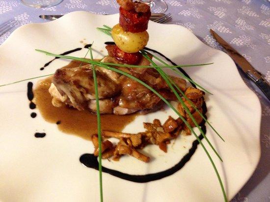 La Bastide des Princes : Spring Chicken with Chanterelle Mushrooms