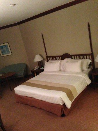 Dusit Island Resort Chiang Rai: King bed