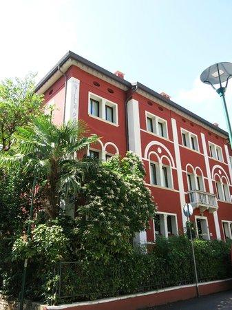 Hotel Villa Pannonia: The hotel