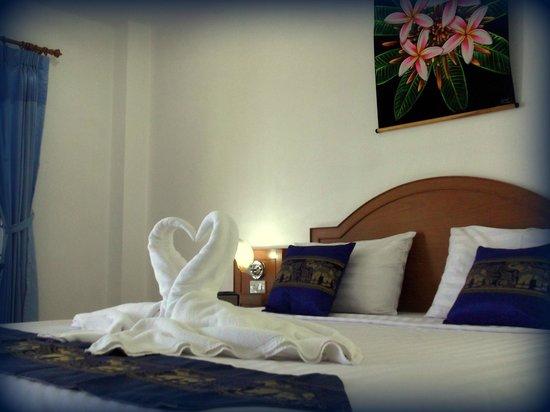 Neeraja Guesthouse : Deluxe Room