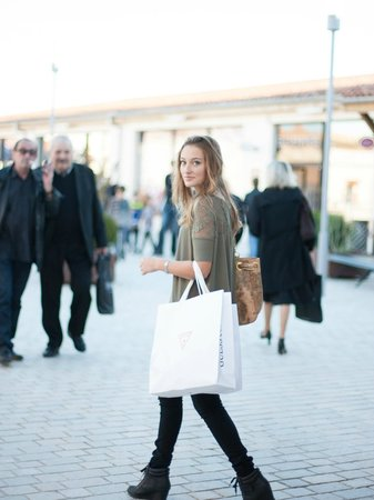 Nailloux Outlet Village : Shopping day