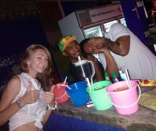 Hush Bar Samui: Buckets Galore