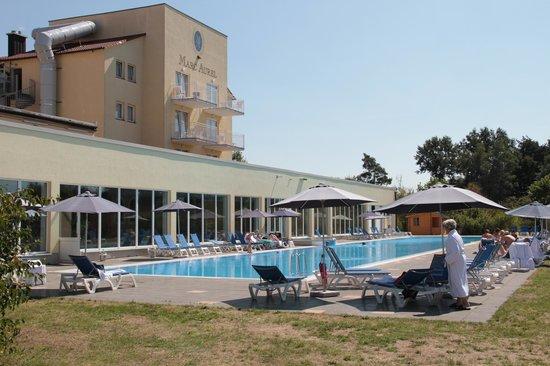 MARC AUREL Spa & Golf Resort: Außenschwimmbecken