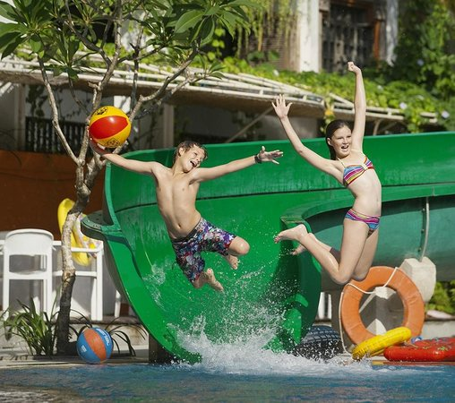 Sanur Paradise Plaza Suites: Camp Splash