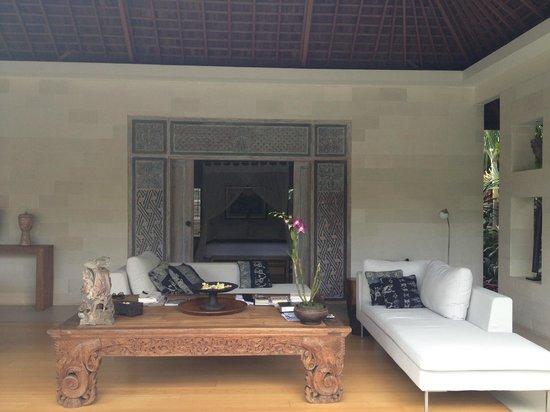 Villa Bali Asri Batubelig : Living room