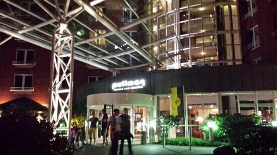 Arcadia Grand Hotel Dortmund: Entrata dell'hotel