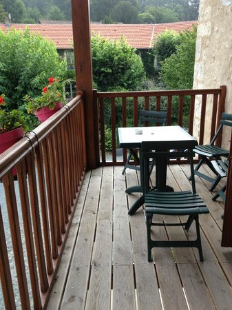 Hostellerie du Perigord Vert : Our little balcony