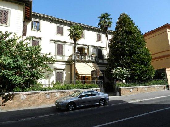 Hotel Chiusarelli: esterno