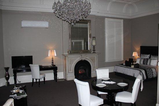 Ballarat Premier Apartments : room 10