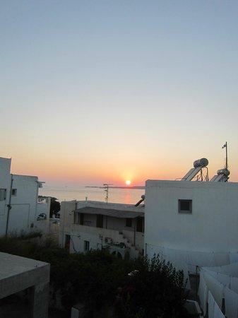 La Selini : Il tramonto dal nostro balcone!