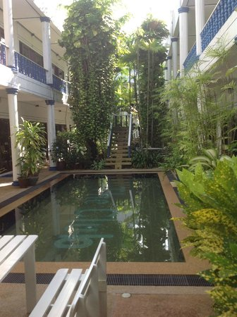 The Club Hotel Phuket : Club Hotel swimming pool