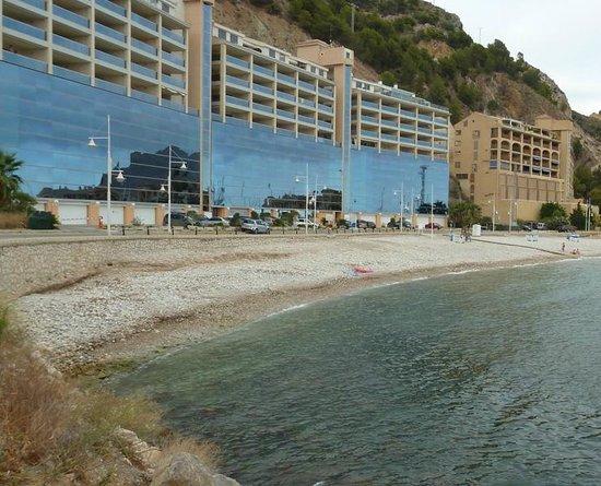 Pierre & Vacances Résidence Altea Beach : Vista general y playa