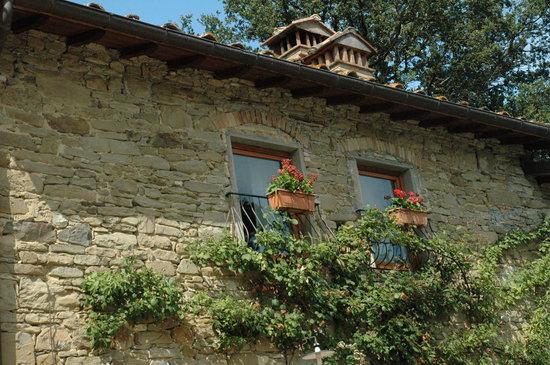 Agriturismo e Ristorante Sanvitale: le finestre delle camere al primo piano