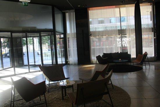 Nordic Light Hotel: lobby