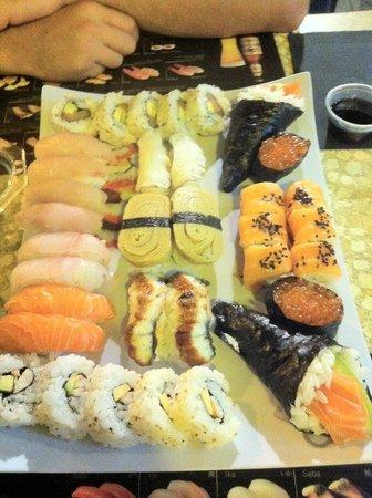 Akeru sushi: petit plateau en amoureux