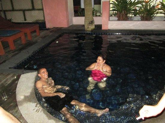 Bauman Ville by Alora Hotels : midnight swim