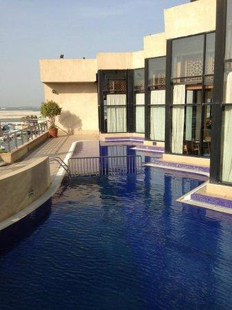 InterContinental Abu Dhabi: 15