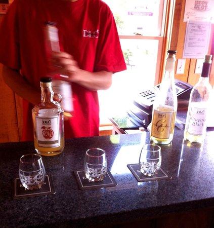 Distillery Lane Ciderworks: Cider tasting