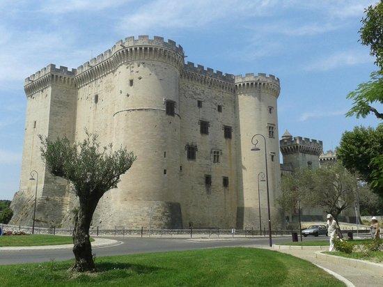 Chateau de Tarascon: le château