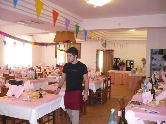 Hotel Lea : sala pranzo