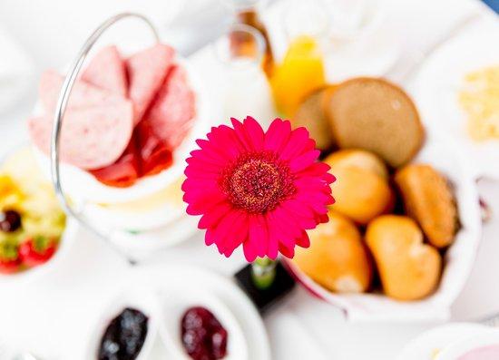 Arthotel Magdeburg: breakfast