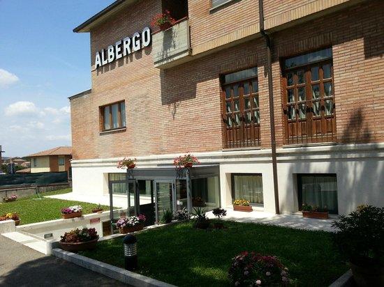 Hotel I Platani: Ingresso Hotel