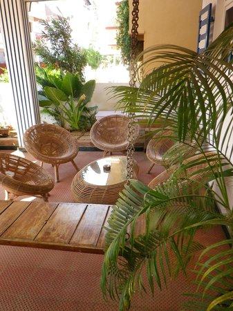 Aadhaar Guesthouse
