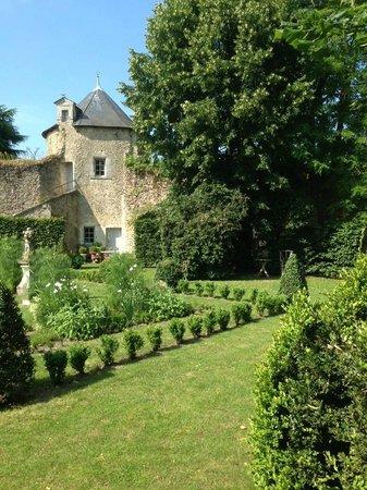 Le jardin picture of hotel mabille duchene bauge Hotel les jardins de la villa tripadvisor