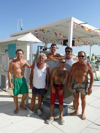 Bellaria-Igea Marina, Italia: I bagnini del SOLARIA 85-86 (gli Sberlati)