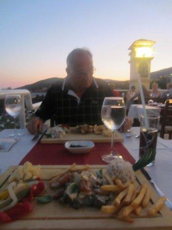 Hotel Dionysia: Dining area