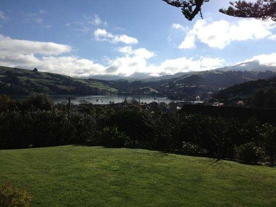 Akaroa House Bed & Breakfast: Such a pretty view