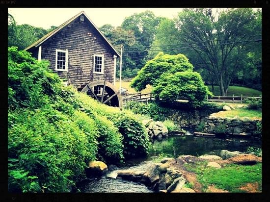 Stony Brook Grist Mill and Museum: the mill