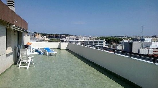 Apartaments CYE Salou: наш балкон