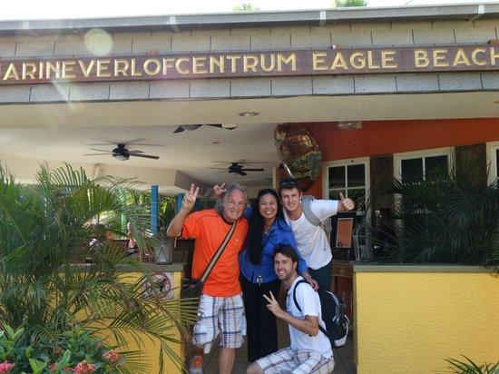 MVC Eagle Beach: Christy adoramos você!