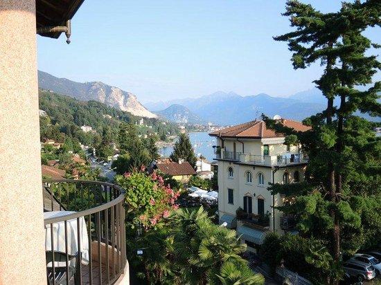 Hotel Della Torre: vue direction Bavano