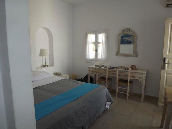 Corfos Hotel: Room