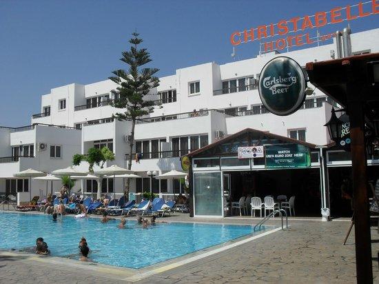 Christabelle Hotel Apartments : le camere che si vedono dalla foto sono quelle più belle!