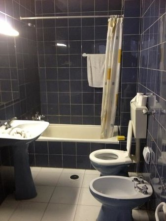 EiraSol: one of the bathrooms