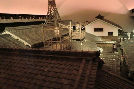 Osaka Museum of Housing and Living: 二階から大きな街並みが見える