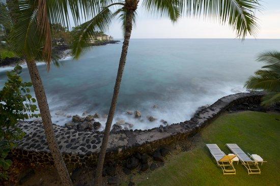 Kona Tiki Hotel : View from room 301.