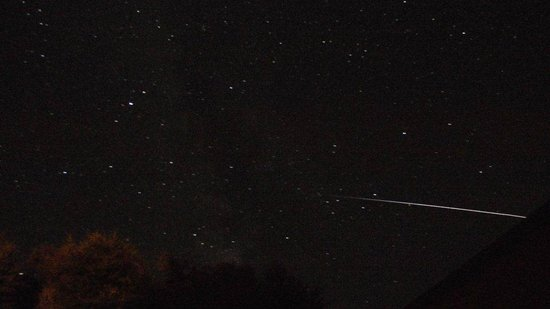 Twenty Seven B&B: View of ISS and beautiful dark skies from garden