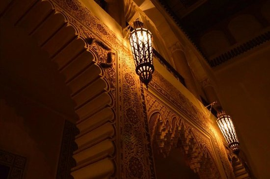 RIad Al Loune: Moonlight