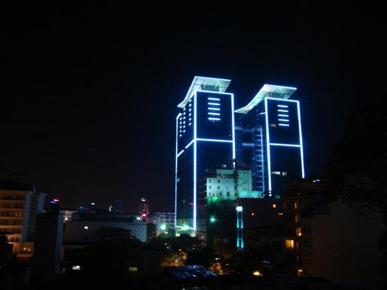 May Hotel: vue de la chambre