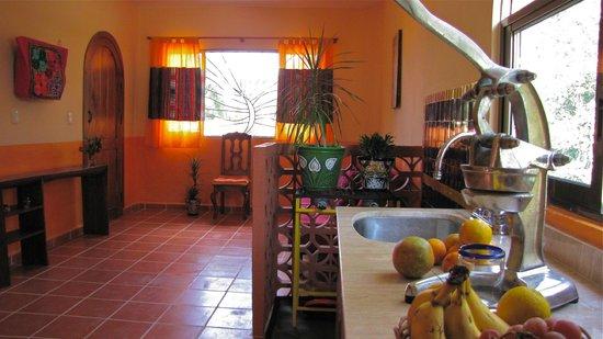Villa ZenaLiza: Suite Liza