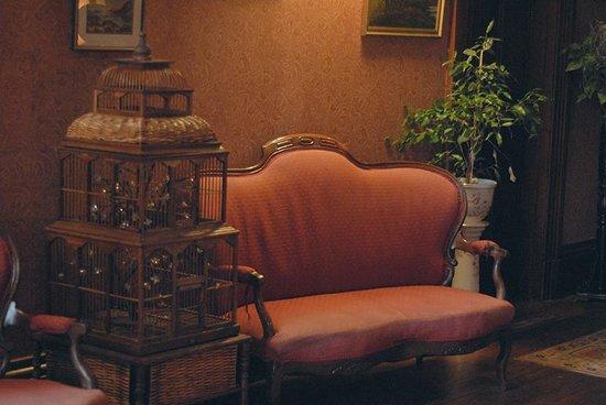 Penycoed Hall: Lobby