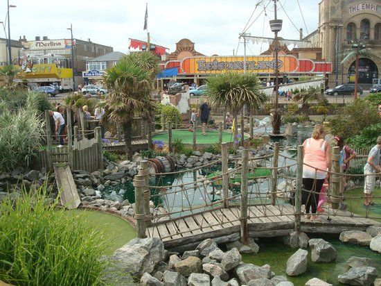 Pirates Cove Adventure Golf