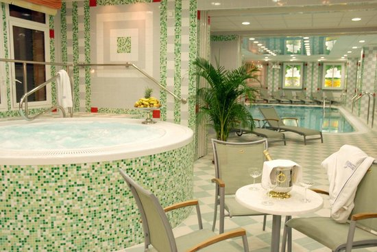Danubius Health Spa Resort Butterfly: Pool & Whirlpool