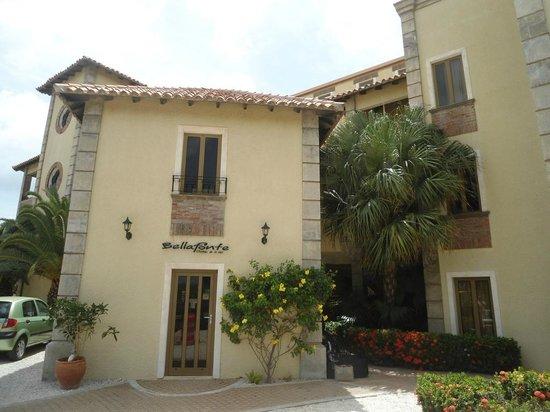 Bellafonte Luxury Oceanfront Hotel: fachada