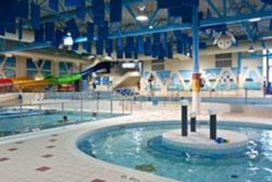 Splash wave pool ottawa all you need to know before you go updated 2018 ottawa ontario for Swimming pools near gloucester